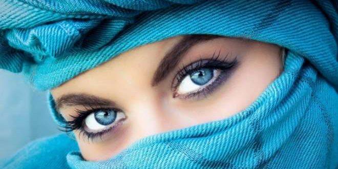 تعالوا نعرفكم على#زرقاء_ اليمامة.. الشخصية العربية القديمة.. وهي امرأة نجدية منجديسمن أهلاليمامة، ويقال أنها كانت ترى الشخص من على مسيرة ثلاثة أيام..