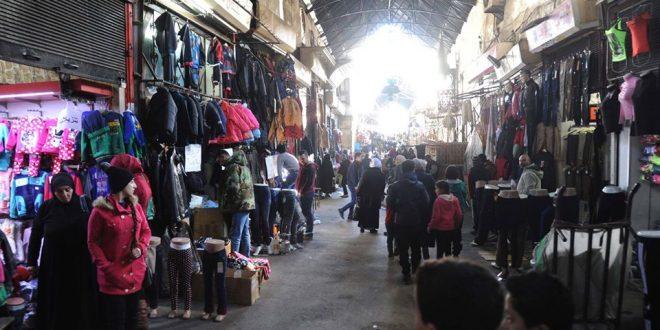بالصور تعرفوا على #سوق_ الصوف_بدمشق..و يعود تاريخ سوق الصوف الذي كان يشتهر ببيع الصوف إلى الفترة المملوكية..- تعليق وتصوير: خلدون الخن..