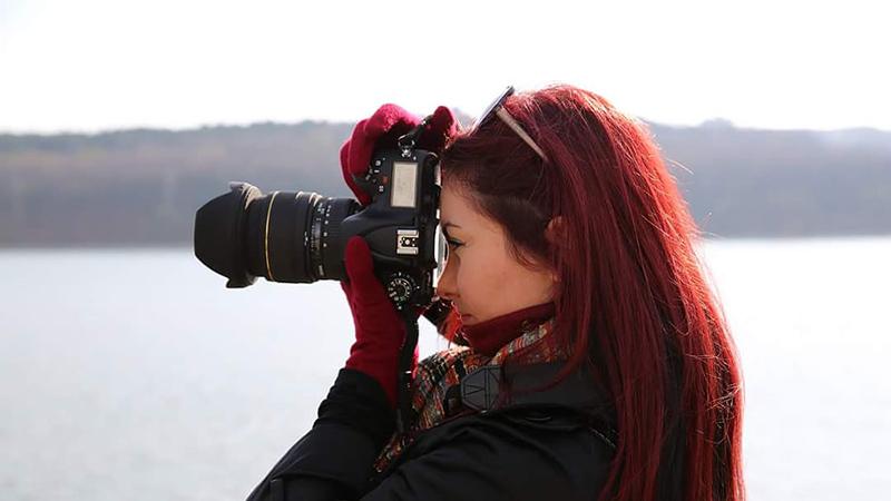 نعرفوا على كاميرات EOS M غير المزوّد بمرآة الكبيرة في جودتها، والصغيرة في حجمها..