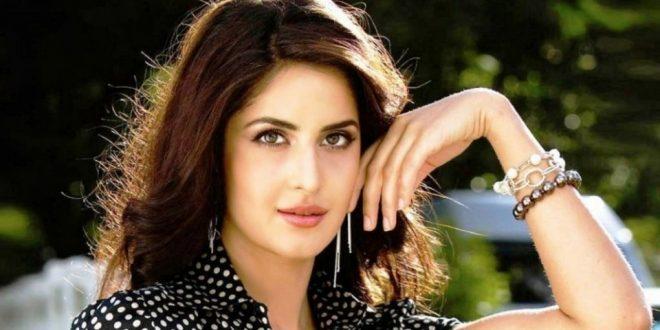 نقدم لكم بالصور #أجمل_ الممثلات_ والنساء_ في السينما_ الهندية (بوليوود ) على الإطلاق ..وتتميز نجمات بوليوود ذوات البشرة السمراء والعيون الملونة والشعر الطويل والكثيف، بجمال ساحر يجذب الأنظار..