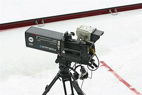 تعالوا معنا نعرفكم ما معنى #حركة_ الكاميرا Camera Movement.. في التصوير التلفزيوني والسينمائي ..
