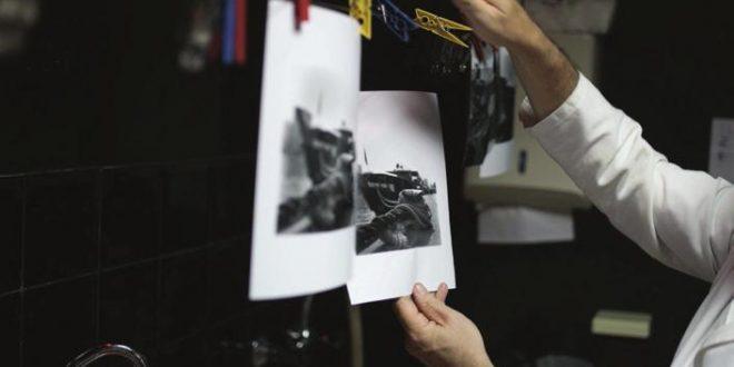جماليات لصور بالفيلم  FILM الأبيض والأسود BW في الغرفة المظلمة حتى بداية عصر الديجيتال مع PROCAM الكاميرات الرقمية..Darkroom Editor: Premium 8mm Retro & VHS Effect