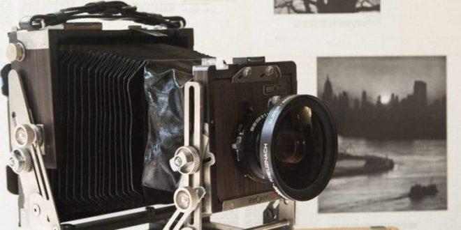 تعالوا معنا لنتعلم معاً على#تعريف_ الكاميرا ..ثم ما هو#مبدأ_ عمل_ الكاميرا ..وأخيراً #كيفية_ تنظيف_ عدسة_ الكاميرا.- مشاركة بواسطة: نجوى بيطار..